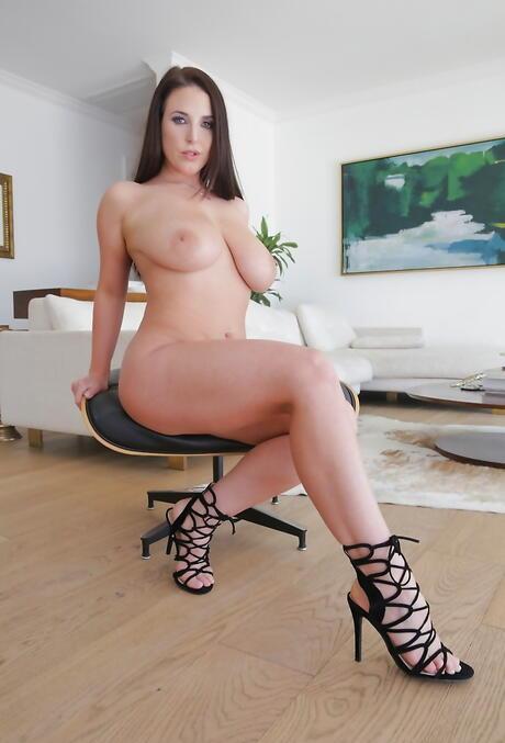 Babe Milf Porn Pics
