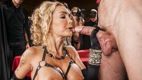 Kinky Porn Pics