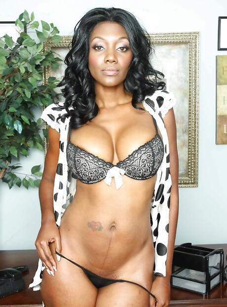 Ebony mif