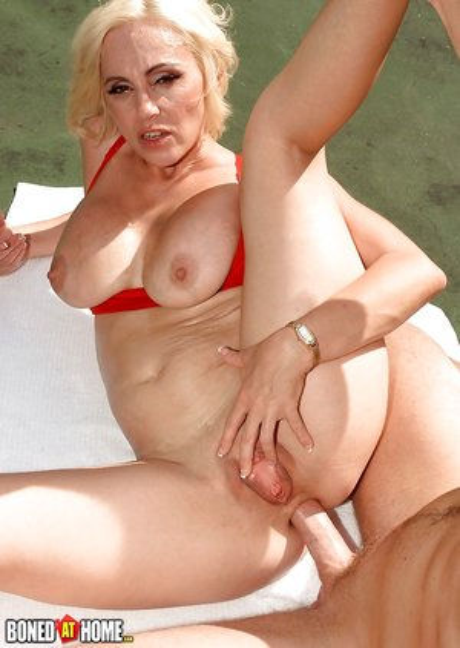 Gonzo Porn Pics