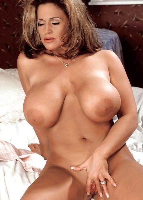 Big Milfs Boobs Porn Pics