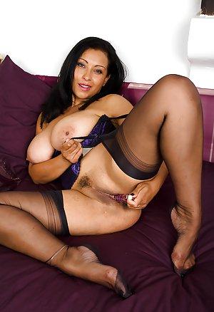 Latina Milf Ass Pics