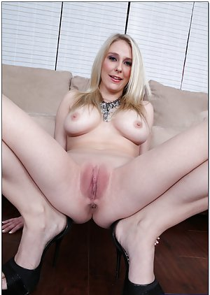 Shaved Milf Pussy Pics