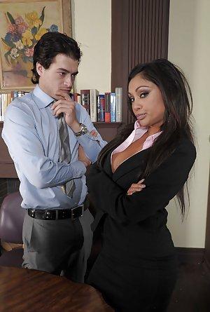 Milf Office Sex Pics
